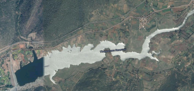 Google earth image - railway track goes in the north of it